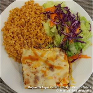 Beşamelli Tepsi Kebabı + Bulgur Pilavı + Salata