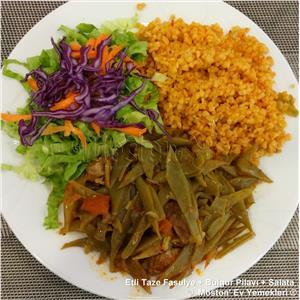 Etli Taze Fasulye  +  Bulgur Pilavı + Salata