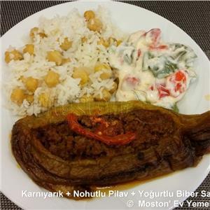 Karnıyarık + Nohutlu Pilav + Yoğurtlu Biber Salatası